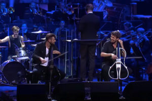 ikukids-2Cellos-Sydney-opera-smells-like-teen-spirit-violoncelle-musique-concert