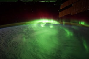 ikukids-iss-time-lapse-footage-space-espace-Terre-espace-nuit