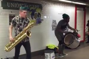 ikukids-saxophone-new-york-union-square-too-many-zooz