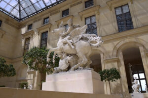 ikukids-cours-marly-louvre-paris-musee-art-sculpture