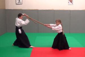 ikukids-aikido-enfants-enfant-akama-bokken-sabre-technique-cours-demonstration-budo-ki-aikidokai