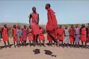 ikukids-saut-tribu-guerriers-maasai-afrique-tradition