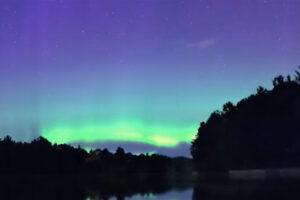 ikukids-vents-solaires-aurores-polaires-magnetosphere-particules