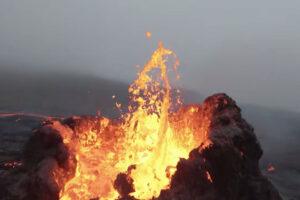 ikukids-volcan-vol-rase-motte-drone-Bjorn-Steinbekk